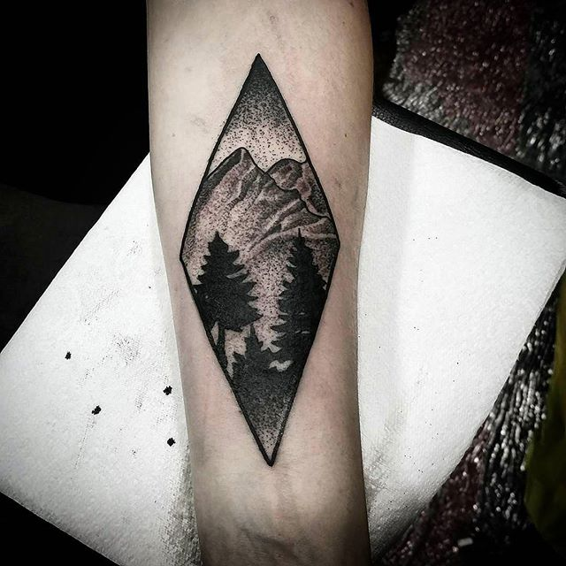 mountain scene tattoo from this past weekend @thedublintattooconvention in Dublin Ireland had a blast and thanks to everyone that got tattooed by me :) studioxiii