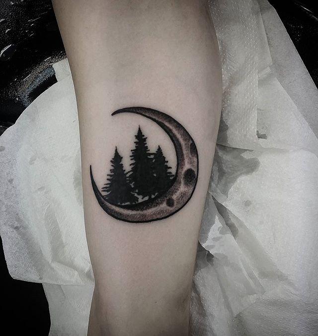 Little blackwork stipple moon and forrest tattoo I made today at studioxiii in Edinburgh scotland