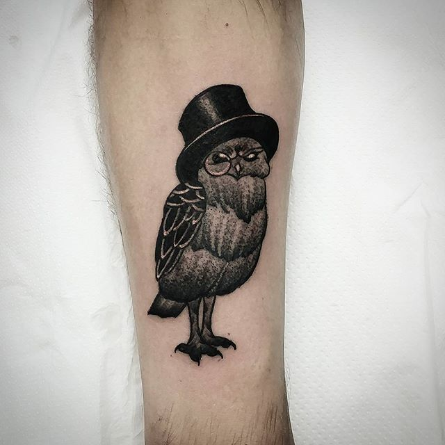 Fun blackwork owl with a top hat walkin tattoo I made today at studioxiii in Edinburgh scotland :)