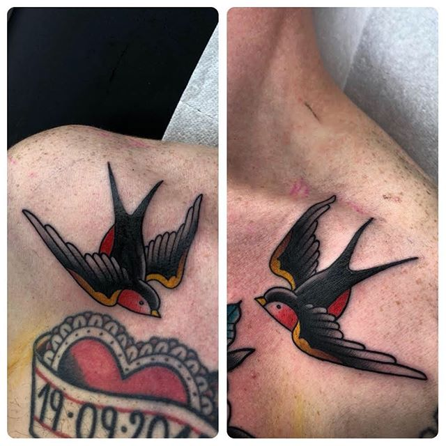 Long ago, a sailor would get a swallow tattoo after succesfully sailing a certain amount of miles...️️ thanks again Andy! Done at @studioxiiigallery ️ truetraditionaltattoos bright_and_bold trad_tattooflash tradworkers tradworkerssubmission americanatattoos tattoo_old blacworkerssubmission blacktraditionals  love eutradtattoo italiantraditionaltattoo topclasstattoing tattoo2me trflash flashaddicted splovers tattoo2me traditionalclub inkcultr tattooworkers traditionaltattooss traditionalartist boldtattooart