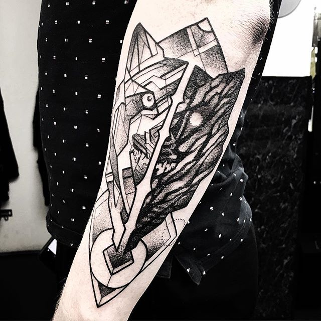 geometricwolf on Jakub today @studioxiiigallery studioxiii allegory blackworktattoo blackworkerssubmission blxckink uktta @allegoryink @blackclaw edinburghtattooartist wolftattoo