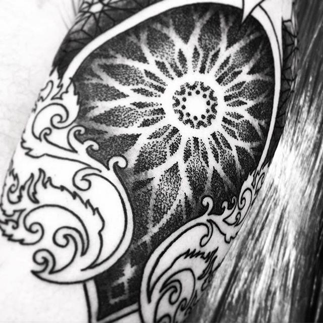 Got a good start on Simons tattoo today @studioxiiigallery studioxiii marcdiamond dotwork dotworktattoo