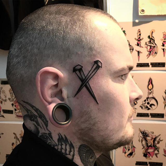 Life ruiner on @yourboyaidan _________________ Done at @studioxiiigallery _________________ studioxiii BlackClawUK blackclawneedle tradtattoo tradworkers tradworkerssubmission radtrad oldlines besttradtattoos uktta vladbladirons ninemag @gap_filler_tattoos