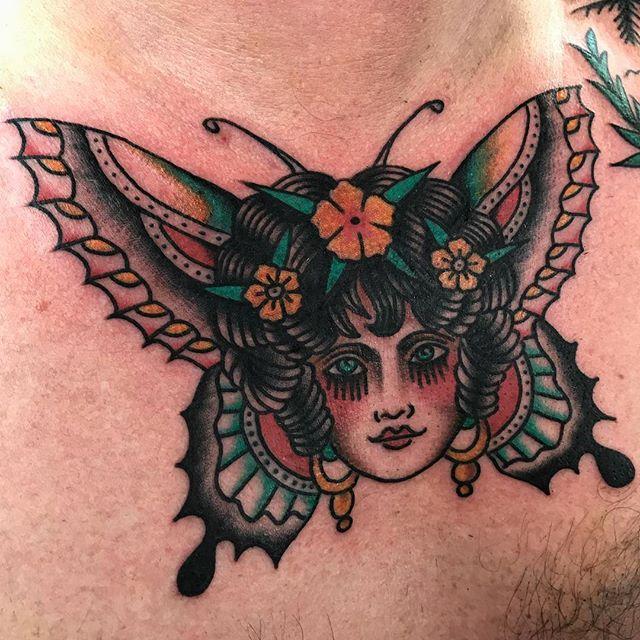Chest banger. _________________ Done at @studioxiiigallery _________________ studioxiii BlackClawUK blackclawneedle tradtattoo tradworkers tradworkerssubmission radtrad oldlines besttradtattoos uktta vladbladirons ninemag @gap_filler_tattoos
