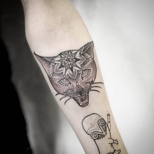 Got to do one of my blackwork mandala cat tattoos here at the Helsinki tattoo convention in Finland :) . . . studioxiii  kingpintattoosupply  whip  dotwork stipple miamitattoos  miamitattoo southbeach  wynwood miamitattooartist tat ink inked  guyswithtattoos  girlswithtattoos besttattoos  uktattooartist Miami blackworkerssubmission . . . . @sullenclothing @hushanesthetic @hatchback_irons @kingpintattoosupply @allegoryink @inkedmag @totaltattoo @tattoolifemagazine @tattooartistmagazine @tattoosnob @tattoodo @tttism @blackworkers @blackworkers_tattoo @uktta @darkartists @skinart_mag @tattoo.artists @theartoftattoos @dermalizepro @tattoosmart @tattoo_composition @tattooloversshop @statt_girl @blacktattooing @hyraw_clothing @inkedsociety88 @skinart_collectors @tattoo_collector @the.best.tattoo.page @tattooloveart