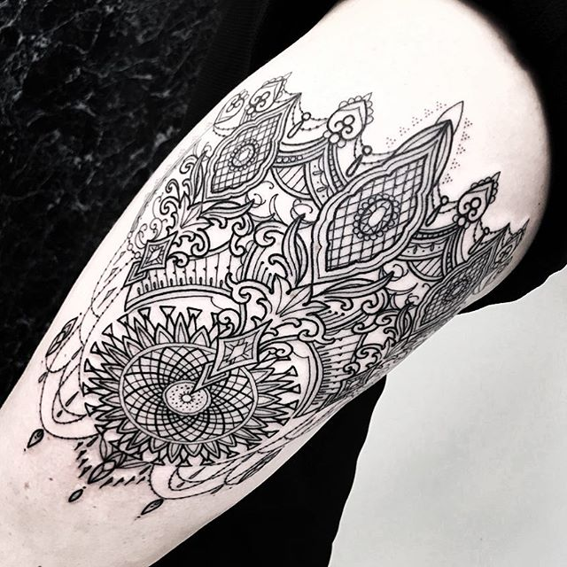 Lovely piece on the thigh today for my friend Lauren. Massive thanks . . . . blacktattooing geometrictattoo blackworkers dotwork dotworktattoo blxckink sacredgeometry girlswithtattoos uktattooartist  mandala studioxiii . . @allegoryink @inkedmag @totaltattoo @tattoolifemagazine @tattooartistmagazine @tattoosnob @tattoodo @tttism @blackworkers @blackworkers_tattoo @uktta @darkartists @skinart_mag @tattoo.artists @theartoftattoos @dermalizepro @tattoosmart @tattoo_composition @tattooloversshop  @blacktattooing @inkedsociety88 @skinart_collectors @tattoo_collector @the.best.tattoo.page @tattooloveart @bngworldwide @studioxiiigallery @blackclaw @allegoryinkuk