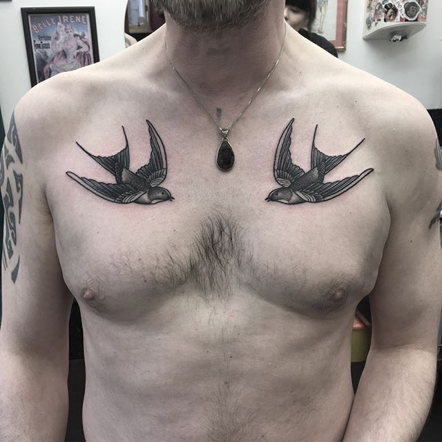 pair of swallows from last week! ️ for bookings email - sarahlou_st@studioxiii.tattoo @studioxiii tttism tattooworkers edinburghtattoo TAOT illustrativetattoo dotwork linetattoo darkartists blacktattooart blxckink btattooing uktta skinartmag ladytattooers studioxiii txttooing blackclaw inkstinct theblackmasters onlythedarkest blkttt blackworkerssubmission inkstinctsubmission tattoodo blacktattoomag @artof_black @blackclaw @blackworkershero @inkedmag @uktta @ninemag @theartoftattoos @ladytattooers