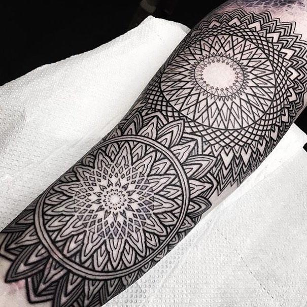By @marcdiamondtattoo studioxiii edinburghtattooartist edinburghtattoo tattooshops geometrictattoo mandala mandalatattoo linework blackworktattoo blackwork ttt darkartists geometrip royalmile tattoodaily tattooideas tattoo_artwork