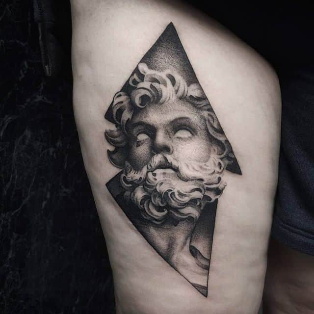 St. Longinus. Tattooed almost entirely with a 3 liner. studioxiii sculptureart romeitaly besttattoos inkspiration realisticink inkdup inkd portraittattoo portrait_planet tttism uktta uktattoo longinus statues blackworksubmission onlyblack fineline finelinetattoo detailed edinburgh arttattoo newtattoo blackandgreytattoos pointillism dotting
