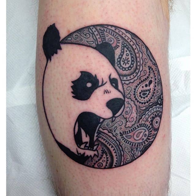 Kinda psychedelic paisley panda from today. Thanks Frazer! studioxiiigallery studioxiii