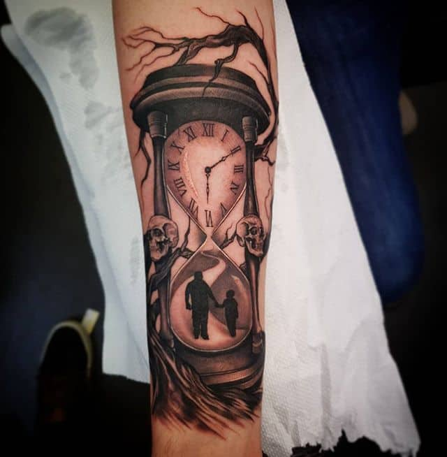 Hourglass/Clock/Family/Tree extravaganza . . . . . . . tattoo tattooartist tattooartistuk edinburgh ink tattoos inked tattooed picoftheday art love pic photooftheday photo blackandgrey instagram artist design tattooer family clock timepiece tree hourglass studioxiii