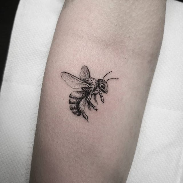 Always love a little bee! studioxiii smalltattoos smalltattoo tinytattoo newtattoo firsttattoo fineline finelinetattoo detail singleneedle bishop allegoryink tattrx tttism tinytattoo uktattooartist uktattoo edinburghtattoo edinburghlife scotlandtattoo inkd inkdup skindeep skinart wheretheytatt tattooedgirls
