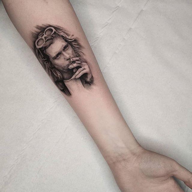 Kurt Cobain studioxiii portraittattoo portraittattoos portraitart besttattoo besttattoos microtattoo fineline finelinetattoo singleneedle singleneedletattoo uktattoo uktta uktattooartist tattrx tattooidea grungefashion grunge curtkobain kurtcobain nirvana nirvanatattoo allegoryink edinburghtattoo edinburgh inkdup inkd