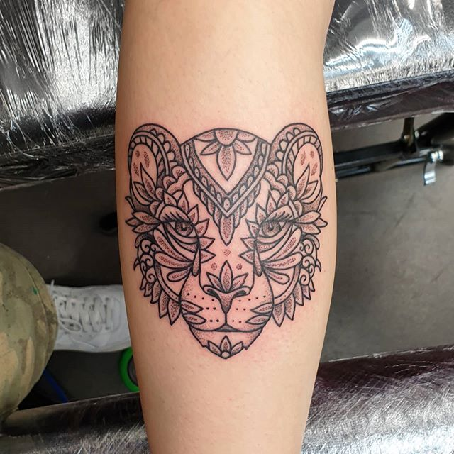 Great fun had today making this liontattoo for Rachel- cheers for coming to get tattooed! More like this please!!Done @studioxiiigallery lion ornamentaltattoo ornamentalliontattoo dotworktattoo legtattoo blackinktattoo cattattoo tattoos scottishtattooer uktta cleantattooing builttolast edinburgh edinburghtattooer scotland studioxiiigallery studioxiii tattoosbyalanross alrosstattoo
