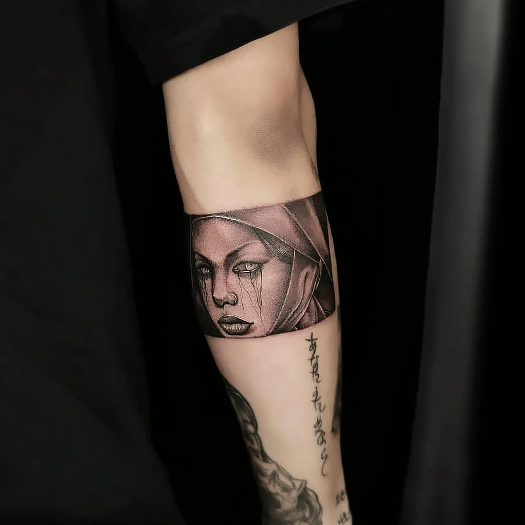 i did last weekend at the   convention. . . Dm to book for april and may . .