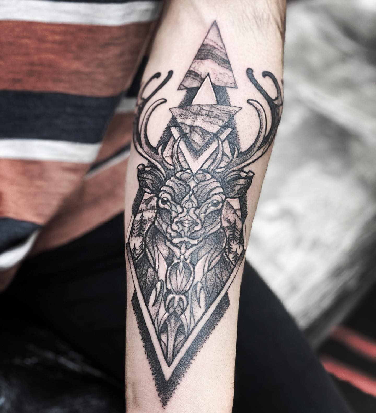 I remember every stone, every tree, the scent of heather... Even when the thunder growled in the distance, and the wind swept up the valley in fitful gusts, oh, it was beautiful, home sweet home. BP.  Scottish Red Stag in the rainy Highlands for Facundo's first tattoo. Absolute pleasure!      studioxiiigallery