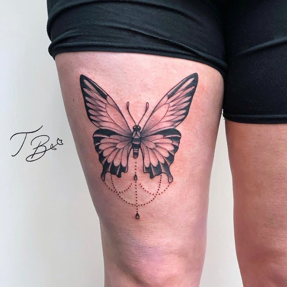 Gorgeous butterfly design by the wonderful thaisblanc ✨🦋  If you would like to get tattooed, then please fill out the tattoo enquiry form on our website 💫                           totaltattoo barber_dts easytattoo_uk eternalink dynamiccolor lockdownneedle stencilstuff